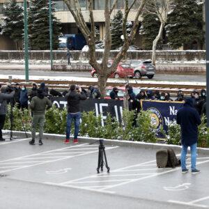 Pedesetak navijača protestuje ispred FS BiH: Dosta je